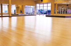 Выбираем покрытие для фитнес зала: требования и виды