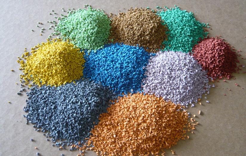 ЭПДМ крошка в резиновых напольных покрытиях